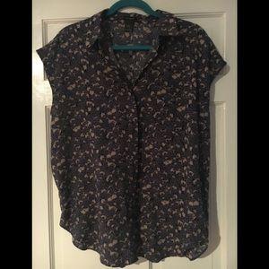 Ann Taylor XL Shirt with pocket